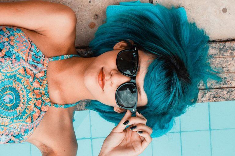 What You Should and Shouldn't Do When You're Cleaning Your Sunglasses