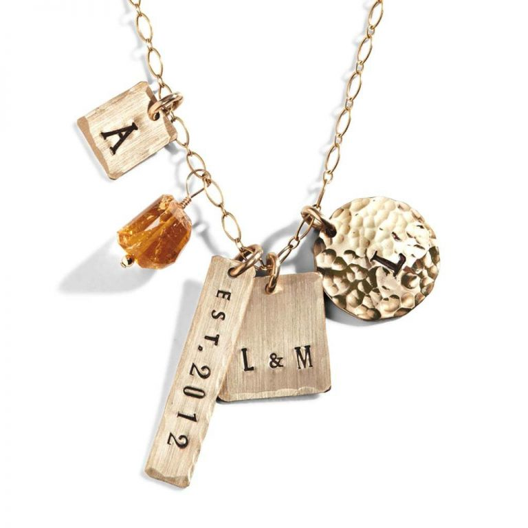 Different Types of Personalized Necklaces