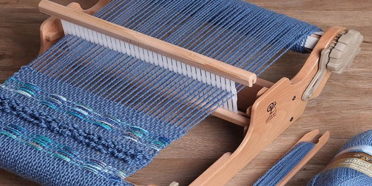 What Are The Types Of Weaving Looms?